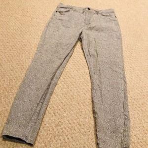 AT LOFT floral grey modern skinny ankle jeans
